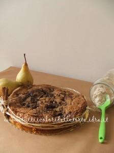 Crostata con farina di castagne, pere e cioccolato fondente