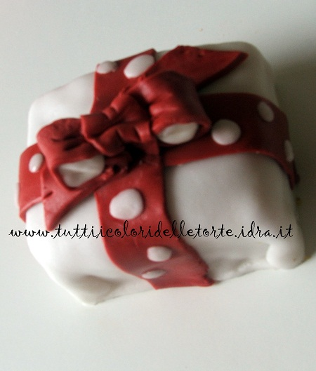 minicake pacch_ANTEPRIMA