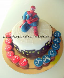 torta spiderman1