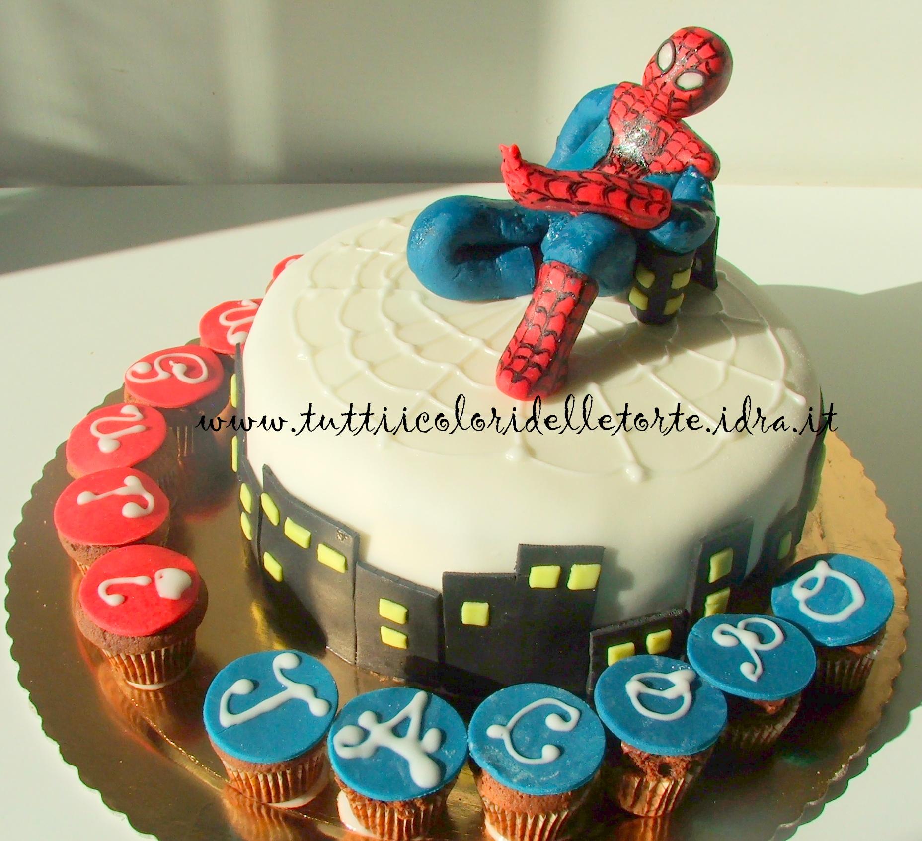 Torta spiderman tutti i colori delle torte tutti i for Decorazione torte spiderman