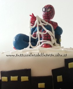 torta spiderman4