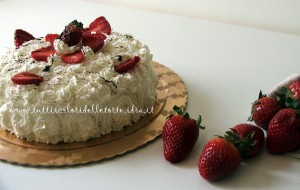 torta panna-fragole