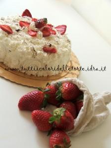 torta panna-fragole3